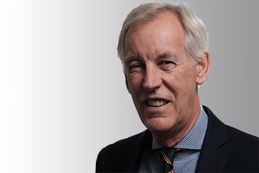 Headshot of Clive Robertson