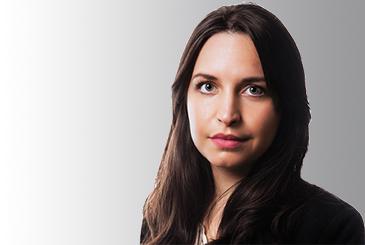 Headshot of Dominika Bullegas
