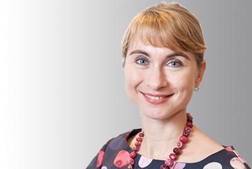 Headshot of Eileen Herrmann